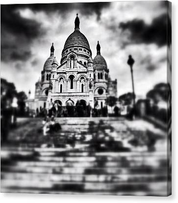 Iphoneonly Canvas Print - #paris #sky #skyporn #bnw #stairs by Ritchie Garrod