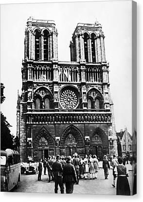 Paris: World War II, 1940 Canvas Print by Granger
