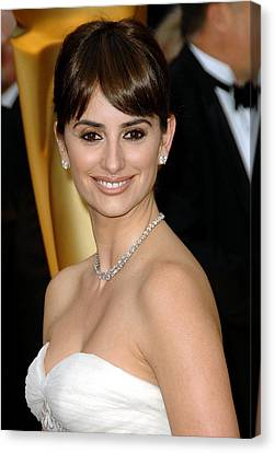 Penelope Cruz At Arrivals For 81st Canvas Print by Everett