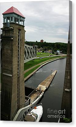 Peterborough Lift Lock Canvas Print by Alyce Taylor