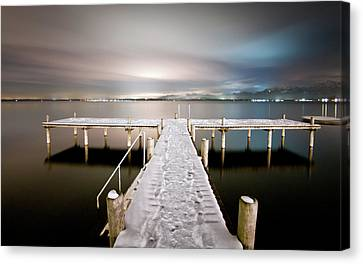 Pier At Night Canvas Print by daitoZen