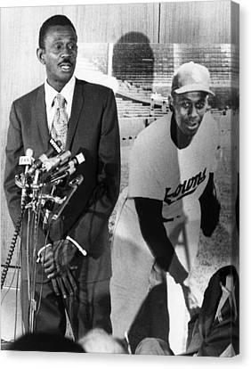 Negro Leagues Canvas Print - Pitcher Leroy Satchel Paige 1906-1982 by Everett