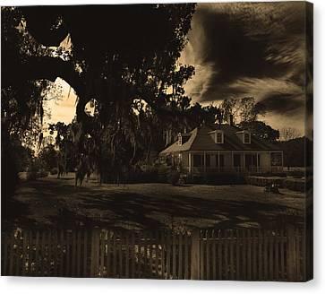 Plantation House  Canvas Print