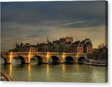 Pont Neuf  At Sunset, Paris, France Canvas Print by Avi Morag photography