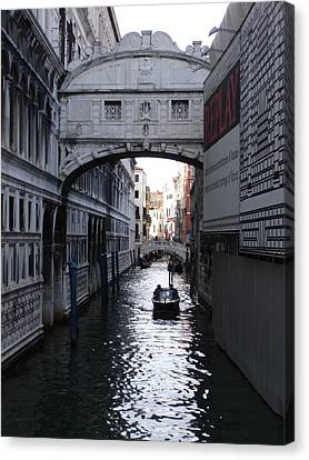 Ponte Dei Sospire Canvas Print