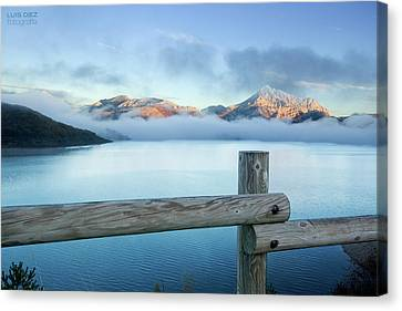 Porma Reservoir Canvas Print by Lmdm43