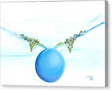 Power To Fly Canvas Print by Catt Kyriacou