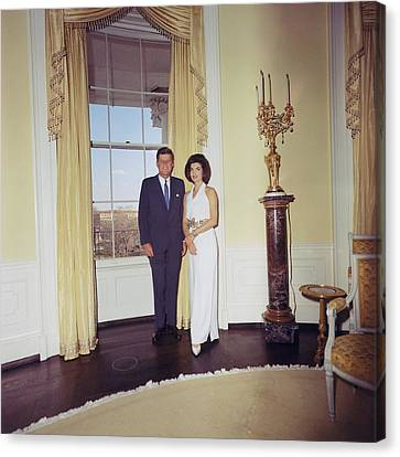 President And Jacqueline Kennedy Canvas Print