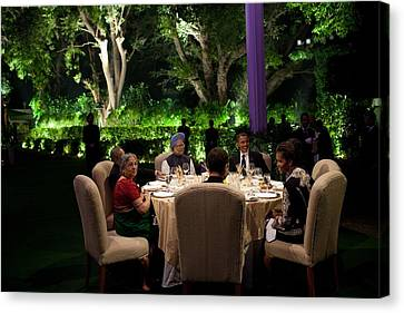 President And Michelle Obama And Indian Canvas Print by Everett