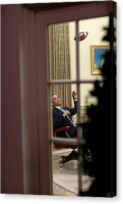President Barack Obama Plays Canvas Print by Everett