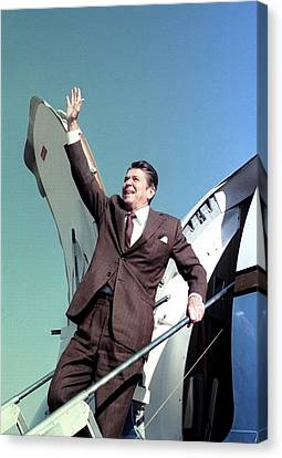 Americans Elect Canvas Print - President-elect Ronald Reagan Waves by Everett