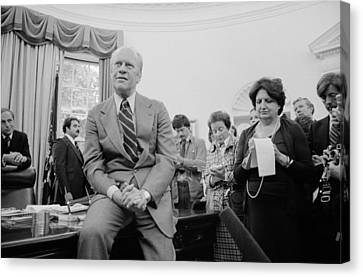 President Ford Talks With Reporters Canvas Print by Everett