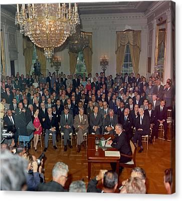 President Lyndon Johnson Televised Canvas Print by Everett