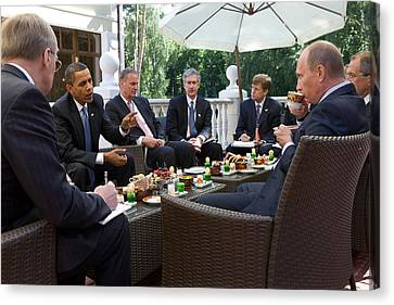 President Obama And Russian Prime Canvas Print by Everett