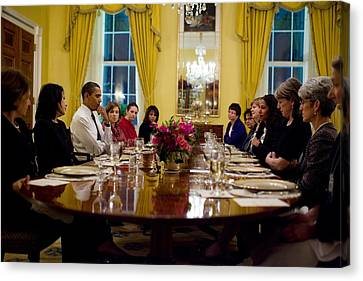 President Obama Attends A Womens Dinner Canvas Print by Everett