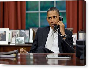 President Obama Talks With Janet Canvas Print by Everett