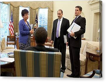 President Obama Talks With Valerie Canvas Print