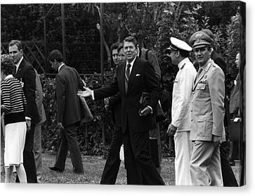 President Reagan Gestures To Members Canvas Print by Everett