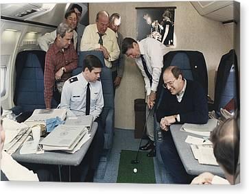 President Reagan Putting A Golf Ball Canvas Print by Everett