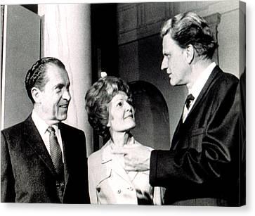 President Richard M. Nixon & First Lady Canvas Print by Everett