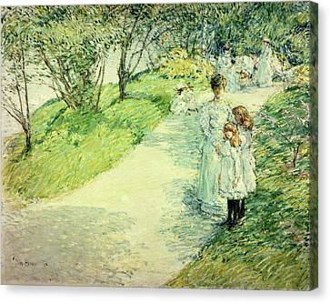 Promenaders In The Garden Canvas Print by Childe Hassam