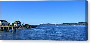 Canvas Print featuring the photograph Puget Sound Light Hosue by Rob Green
