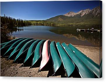 Pyramid Lake In Jasper National Park Canvas Print by Mark Duffy