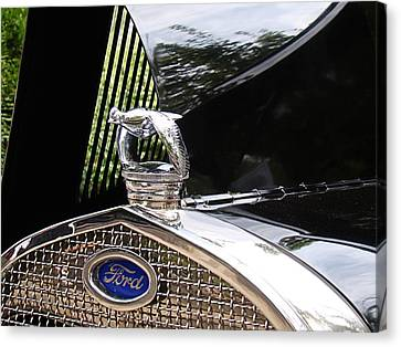 Canvas Print featuring the photograph Quail Radiator Cap- Ford by Nick Kloepping