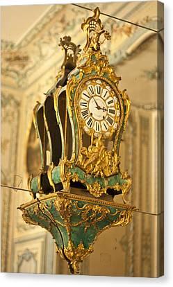 Queen's Clock Canvas Print by Georgia Fowler