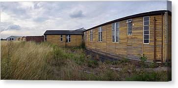 Raf Breighton O Club Canvas Print by Jan W Faul
