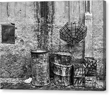 Rain Bw Marrakesh Canvas Print