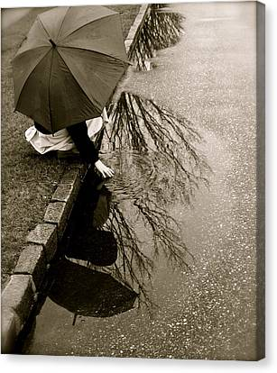 Canvas Print featuring the photograph Rainy Day Solitude by Susan Elise Shiebler