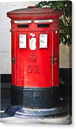 Red Post Box Canvas Print by Dawn OConnor