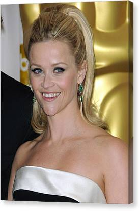 Reese Witherspoon In The Press Room Canvas Print by Everett