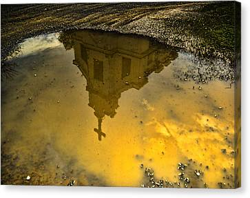 Reflection Of Worship Canvas Print by Dale Stillman