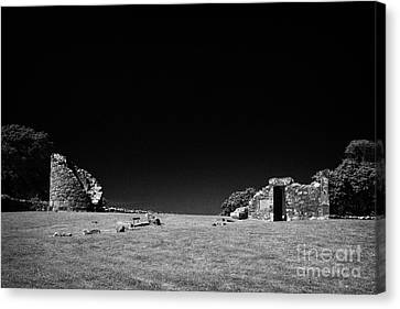 Remains Of The 6th Century Monastic Site At Nendrum On Mahee Island County Down Northern Ireland Canvas Print by Joe Fox