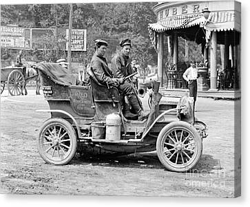 Inflatable Canvas Print - Reo Mountaineer Returns To New York 1905 by Padre Art