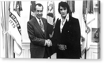 Richard Nixon Meets With Elvis Presely Canvas Print by Everett