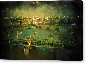 River Thames  Canvas Print by Svetlana Sewell