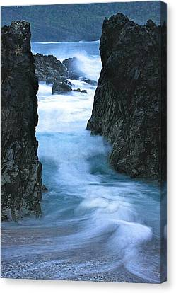 Canvas Print featuring the photograph Rocky Waves by Scott Holmes