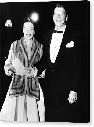 Ronald And Nancy Reagan Attended Canvas Print by Everett