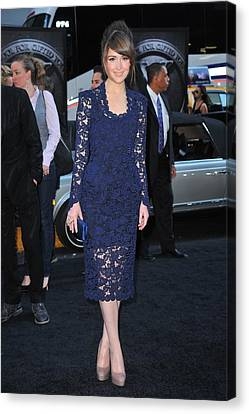 Rose Byrne Wearing A Marc Jacobs Dress Canvas Print by Everett