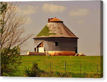 Round Barn Canvas Print by Marty Koch