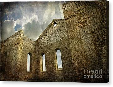 Ruins Of A Church In Ontario Canvas Print