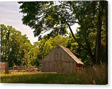 Canvas Print featuring the photograph Rural Rhode Island by Nancy De Flon