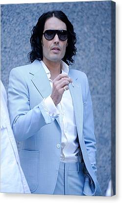 Russell Brand, Walks To The Arthur Canvas Print by Everett