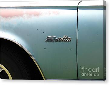 Rusty 1965 Plymouth Satellite . 5d16630 Canvas Print by Wingsdomain Art and Photography
