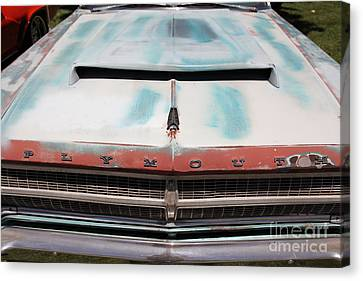 Rusty 1965 Plymouth Satellite . 5d16632 Canvas Print by Wingsdomain Art and Photography