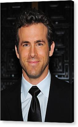Ryan Reynolds At Arrivals For American Canvas Print