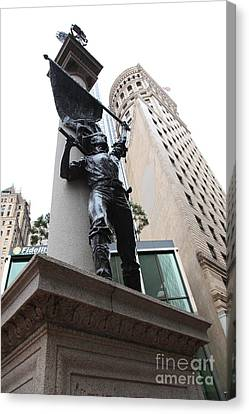 San Francisco - Monument On Market Street - 5d17845 Canvas Print by Wingsdomain Art and Photography